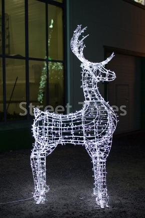Новогодняя световая фигура 3D олень «Скакун», высота 1.9 метра